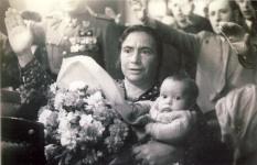 Premio a la madre heróica